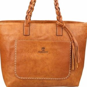 Handbags - Very beautiful khaki bag
